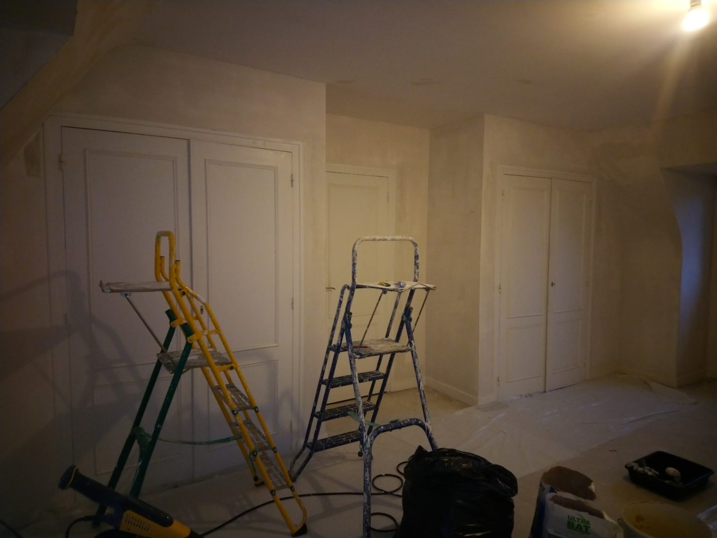 Quimper sol lynoleum lino patine corniche panoramique 3 - Staff et patine